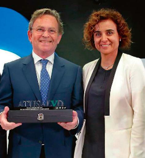 Premio A Tu Salud a La Excelencia en Rinoplastia